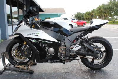 2014 Kawasaki Ninja ZX -10R ABS SuperSport Motorcycles Lake Park, FL
