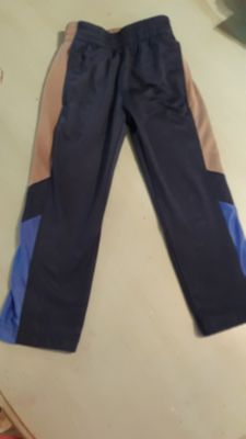 4/5 athletic pants with pockets vguc