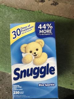 230 Snuggle dryer sheets