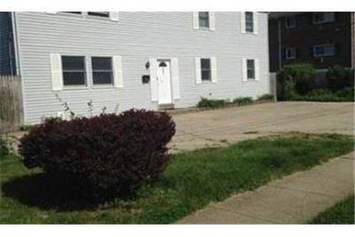 House for rent in Copiague. Will Consider!