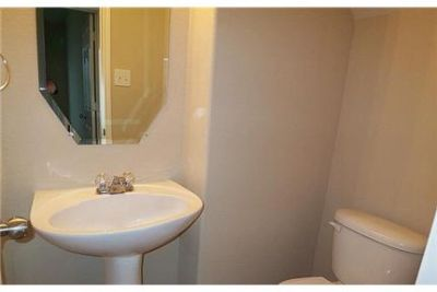 4 bedrooms House - Beautiful home set in Canyon with all the amenities, pools.