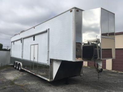 Performax 40 gooseneck Sprint car trailer
