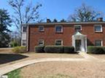Super cute Two BR, One BA first floor ...