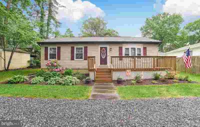 22393 Colton St LEONARDTOWN Two BR, Beautifully maintained home