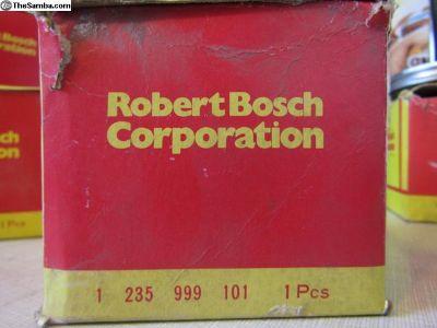 Bosch distributor cap 1 235 999 101