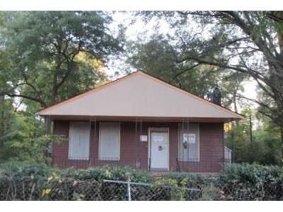 3 Bed 1 Bath Foreclosure Property in Memphis, TN 38111 - Radford Rd