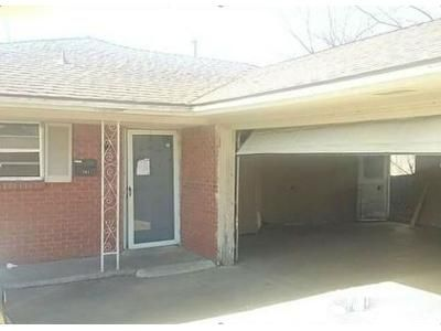 2 Bed 1 Bath Foreclosure Property in Oklahoma City, OK 73130 - Juniper Ave