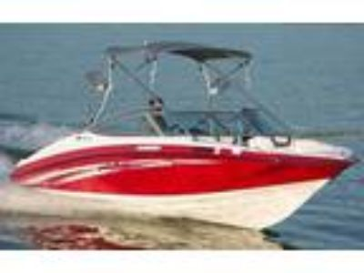 2019 Yamaha Boats AR190 With Painted Trailer