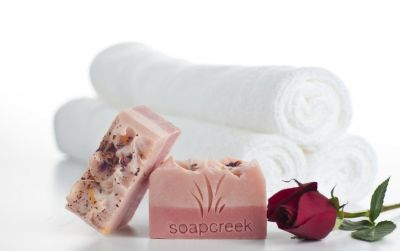 Get The Best Artisan Soaps & Body Care Available Here For All The Ladies On Your Christmas List