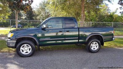 2002 Toyota Tundra SR5 Truck Green