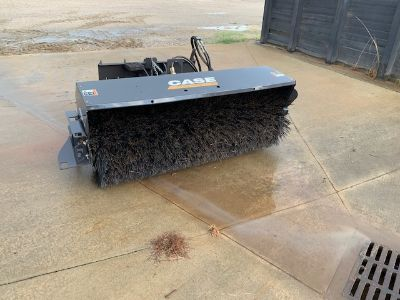 """2014 Other Equipment Case 84"""" Sweeper"""