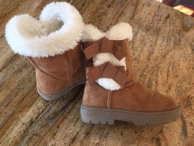 Girls size 11/12 boots