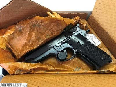 For Sale: Smith & Wesson 559