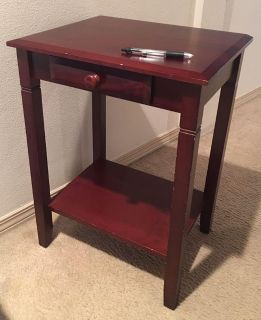 Small End Table - Cherry Finish