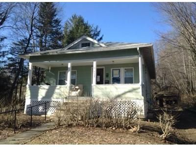 2 Bed 1 Bath Foreclosure Property in Worcester, MA 01605 - Phoebe Way
