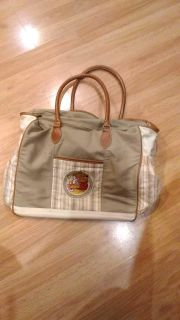 Winnie the pooh diaper bag, good size 18x16, great condition !