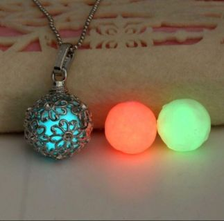 Floral Print Glow in the Dark Necklace
