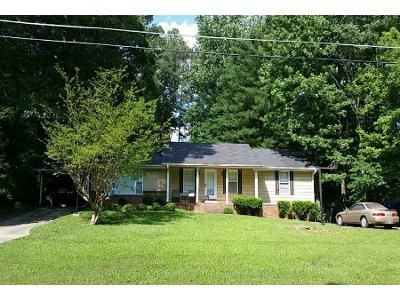 3 Bed 2 Bath Preforeclosure Property in Lawrenceville, GA 30044 - Birch Ln