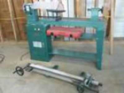 Grizzly G Wood Lathe w Duplicator Tools and More (Metter Geo