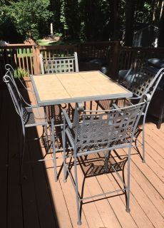 Patio table and 4 chairs (bar height)