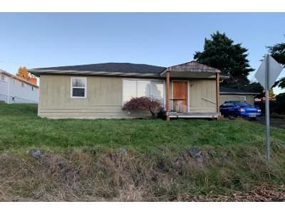 2 Bed 1 Bath Preforeclosure Property in Longview, WA 98632 - Burdick Pl
