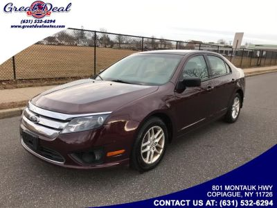 2012 Ford Fusion S (Burgundy)