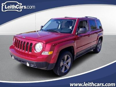 2015 Jeep Patriot Latitude (Deep Cherry Red Crystal Pearl Coat)