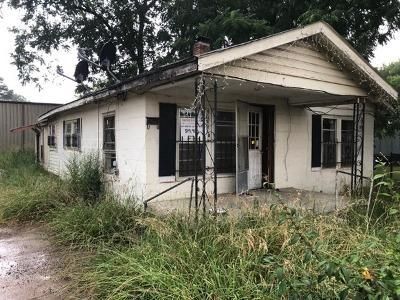 3 Bed 2 Bath Foreclosure Property in Amory, MS 38821 - Martin Luther King Blvd