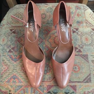 Franco Sarto Brown Leather Shoes. Size 11M