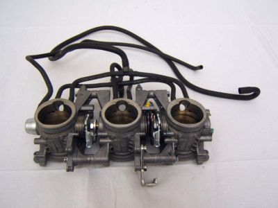 Sell TRIUMPH 2007 07 DAYTONA 675 THROTTLE BODY motorcycle in Los Angeles, California, US, for US $399.99