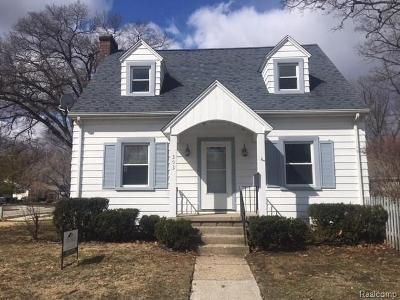 Foreclosure - Cherry St, Port Huron MI 48060