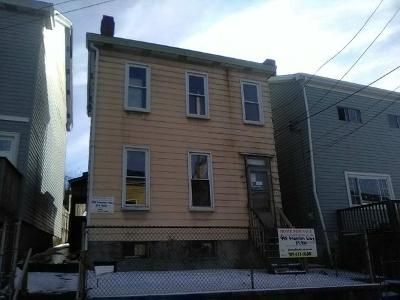 3 Bed 1 Bath Foreclosure Property in Pittsburgh, PA 15210 - Manton Way