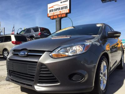 2013 Ford Focus SE (Gray)