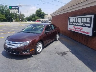 2012 Ford Fusion S (Maroon Or Burgundy)