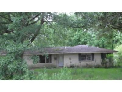 3 Bed 2 Bath Foreclosure Property in Baton Rouge, LA 70815 - Windsor Dr