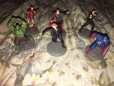 6 Avengers cake toppers bundle