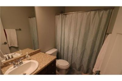 Townhouse in great location. 2 Car Garage!
