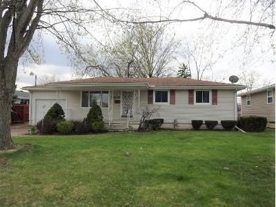 3 Bed 1.2 Bath Foreclosure Property in Lorain, OH 44052 - W 29th St