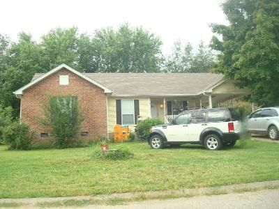 3 Bed 1.5 Bath Preforeclosure Property in White House, TN 37188 - Meadow Ct