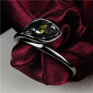 NEW - Dainty Olive Green Calla Lilly Black Ring - Size 7