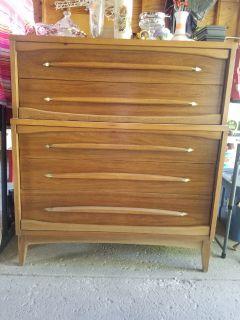Mid Century Kroehler Hiboy Dresser