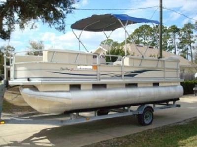 "?;*"" 2004 Sun Tracker Party Barge 21'';~;F.8**""*"