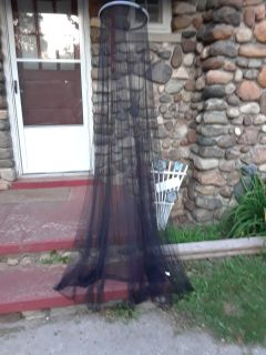 "Black sheer bed canopy net. 91""long smoke free animal free no rips or tears"