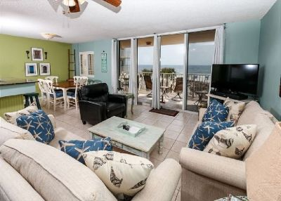 *Intimate* Plus *Upscale*-Granite & Stainless-Free Beach Service+ Golf!