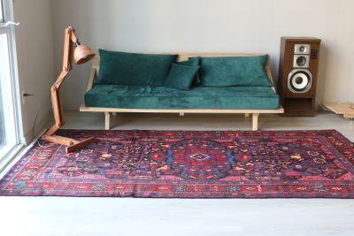 """Antique Persian Rug 5' 5"""" x 9' 10"""""""