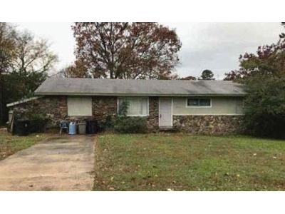 3 Bed 1.5 Bath Foreclosure Property in Heber Springs, AR 72543 - Pinewood Dr