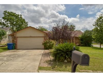 3 Bed 2 Bath Preforeclosure Property in San Antonio, TX 78216 - Walthampton St