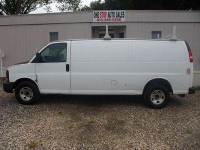 2007 Chevrolet Express 3500 3500 (White)