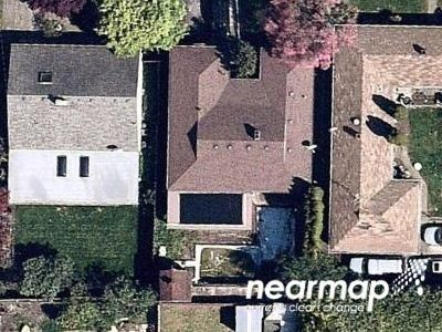 3 Bed 1.5 Bath Preforeclosure Property in Portland, OR 97220 - NE Beech St