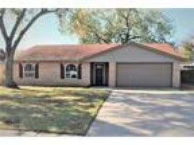$149900 Three BR 2.00 BA, Bartlesville
